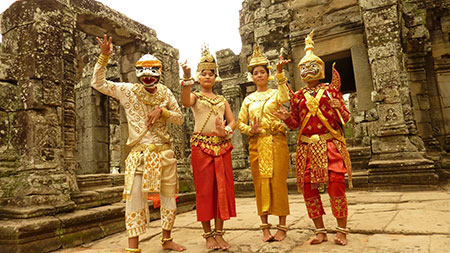 Cambodians wearing traditional costumes to pose